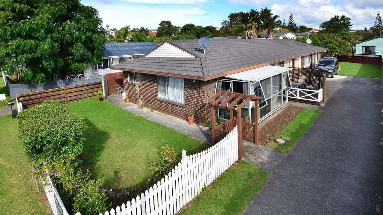 13a The Circle, Manly