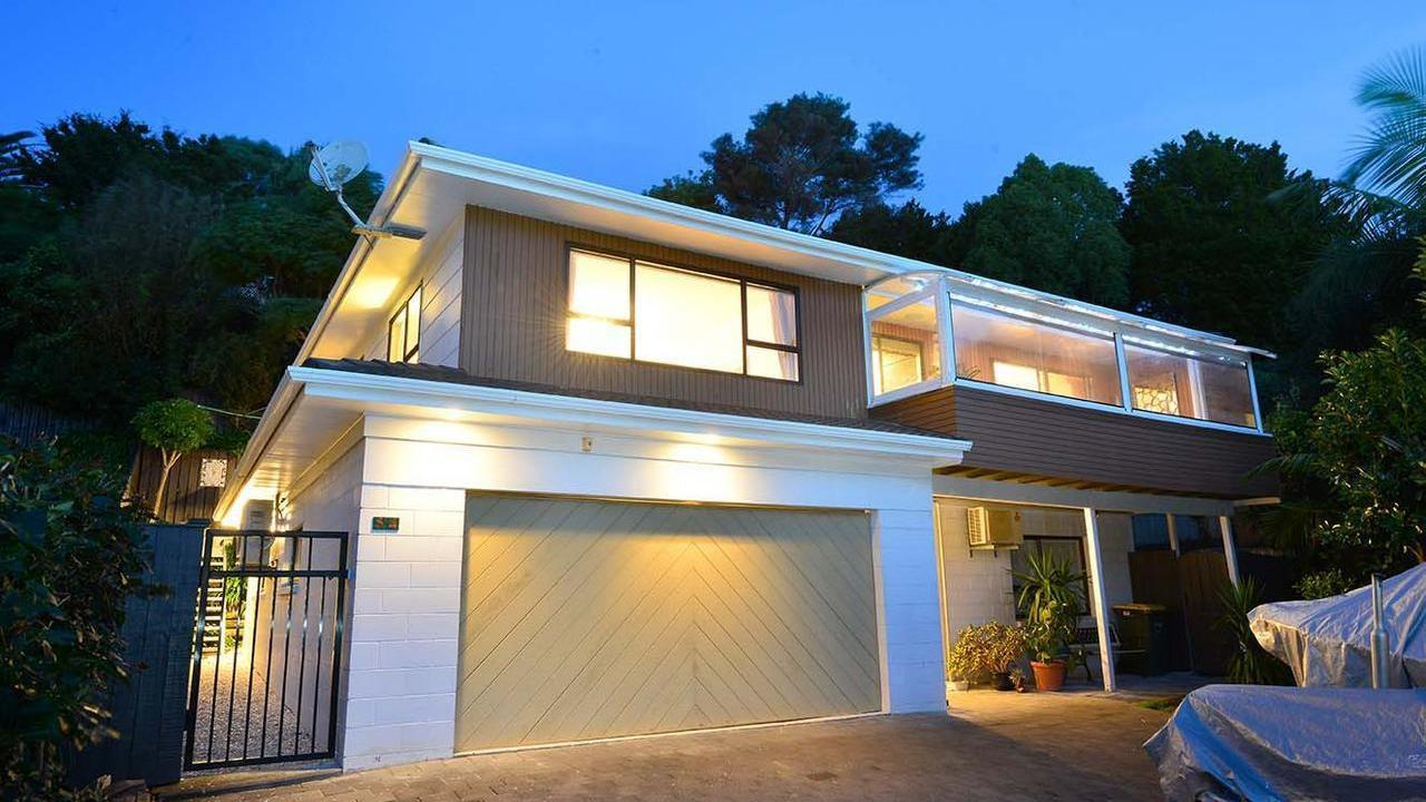 54 The Circle, Manly