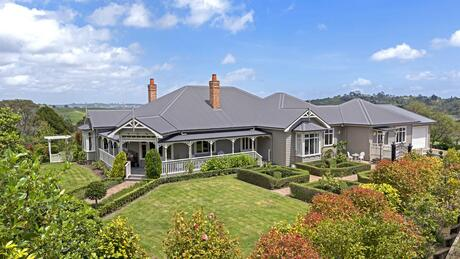 6 Griggs Road, Whitford