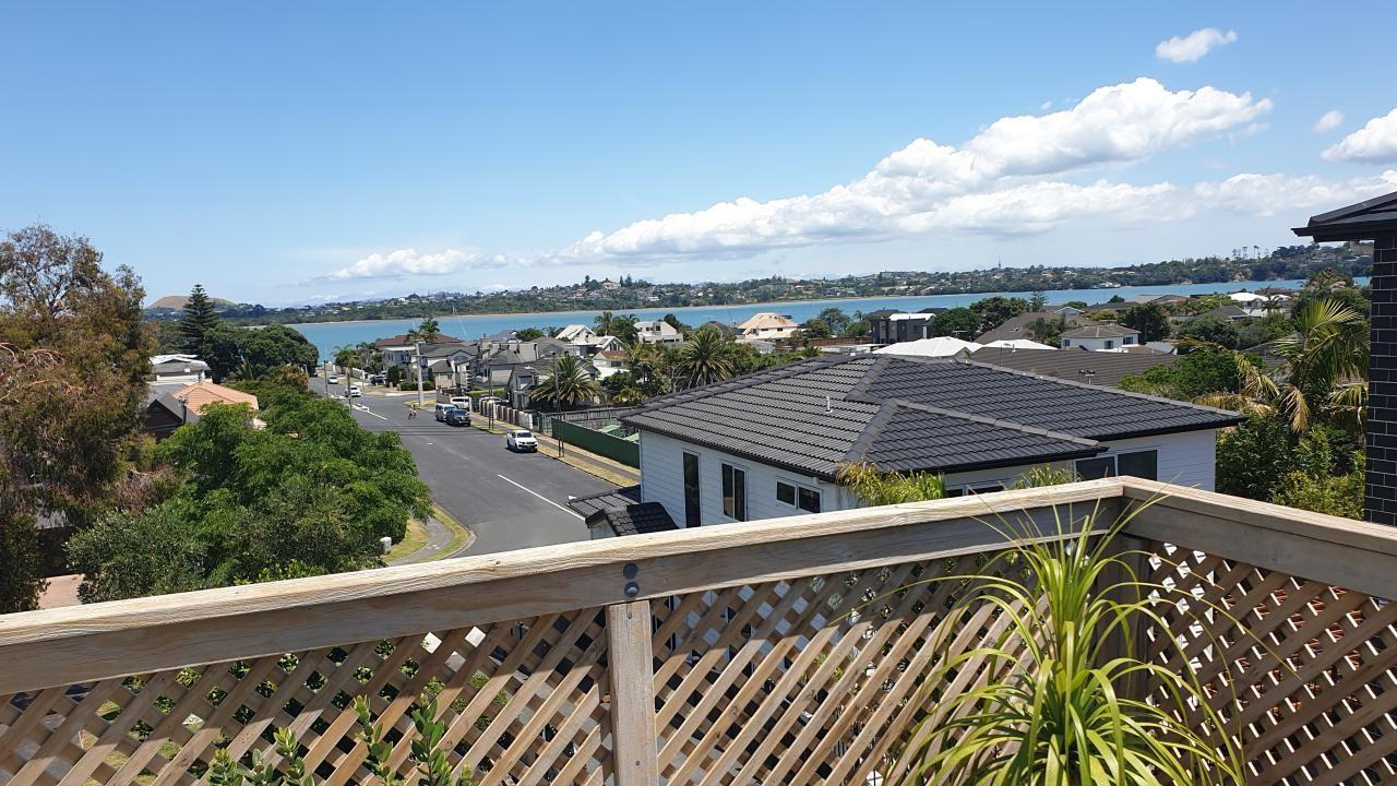 18C Devon Road, Bucklands Beach
