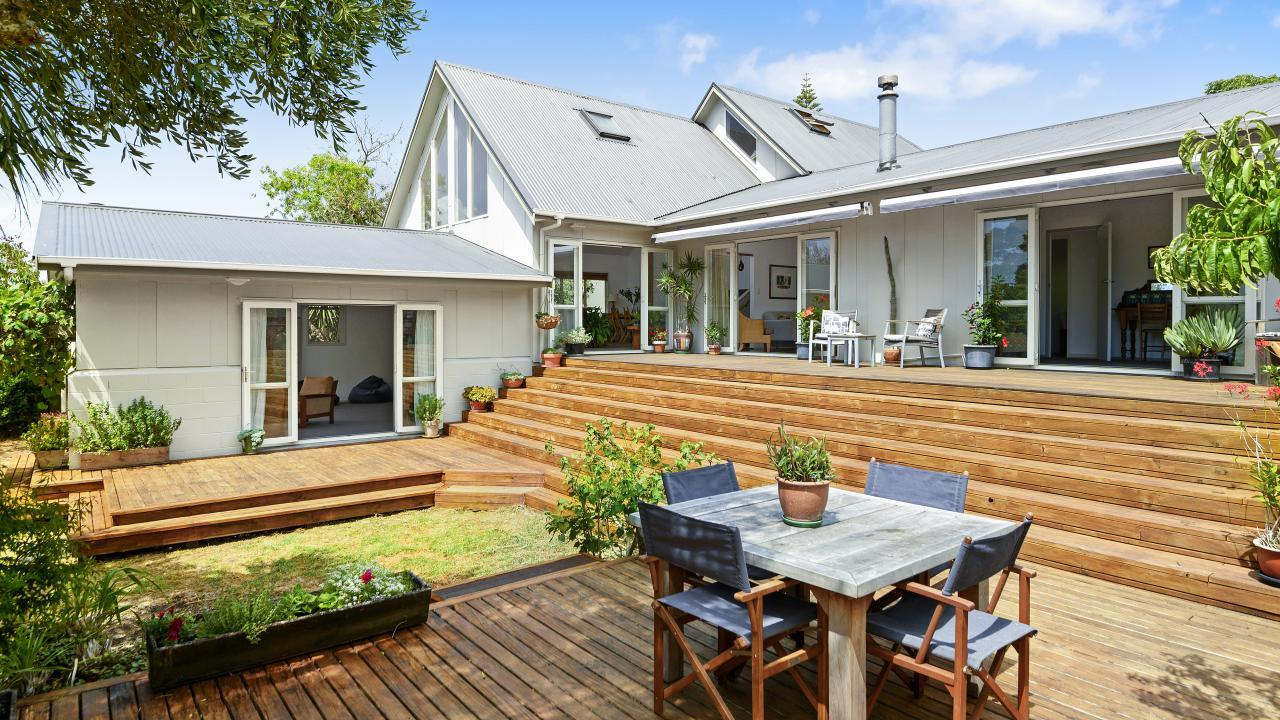 14 First View Avenue, Beachlands