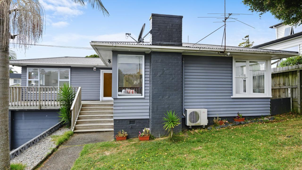 47 Olsen Avenue, Hillsborough