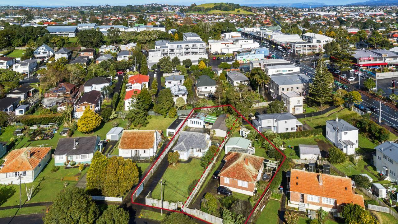 3 and 5 Cleghorn Avenue, Mt Roskill South