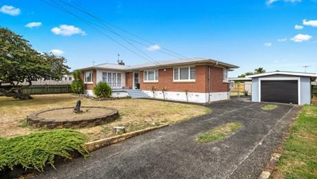 109 Old Wairoa Road, Papakura