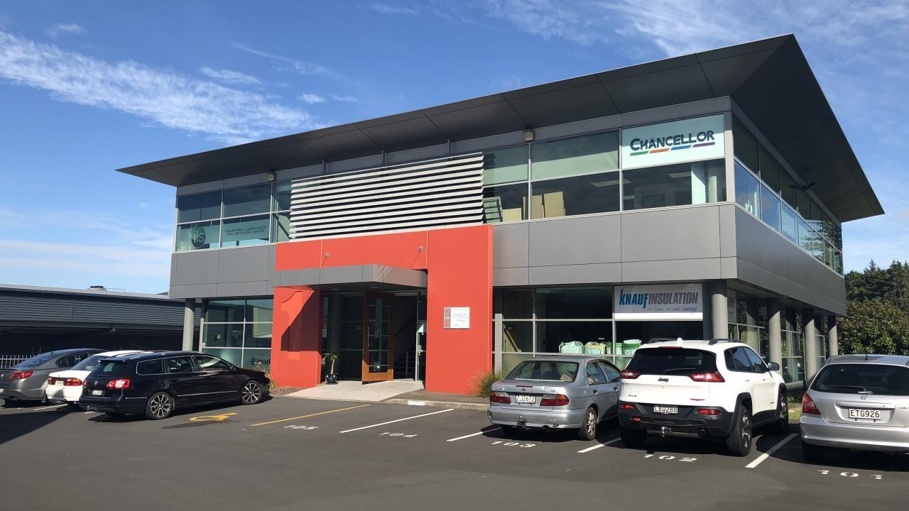 1 and 2/15 Accent Drive, East Tamaki