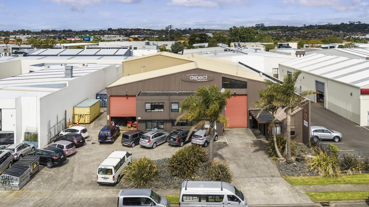 6 Ron Driver Place, East Tamaki