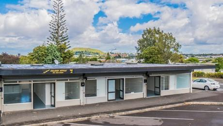 35-39 Farringdon Street, Glen Innes