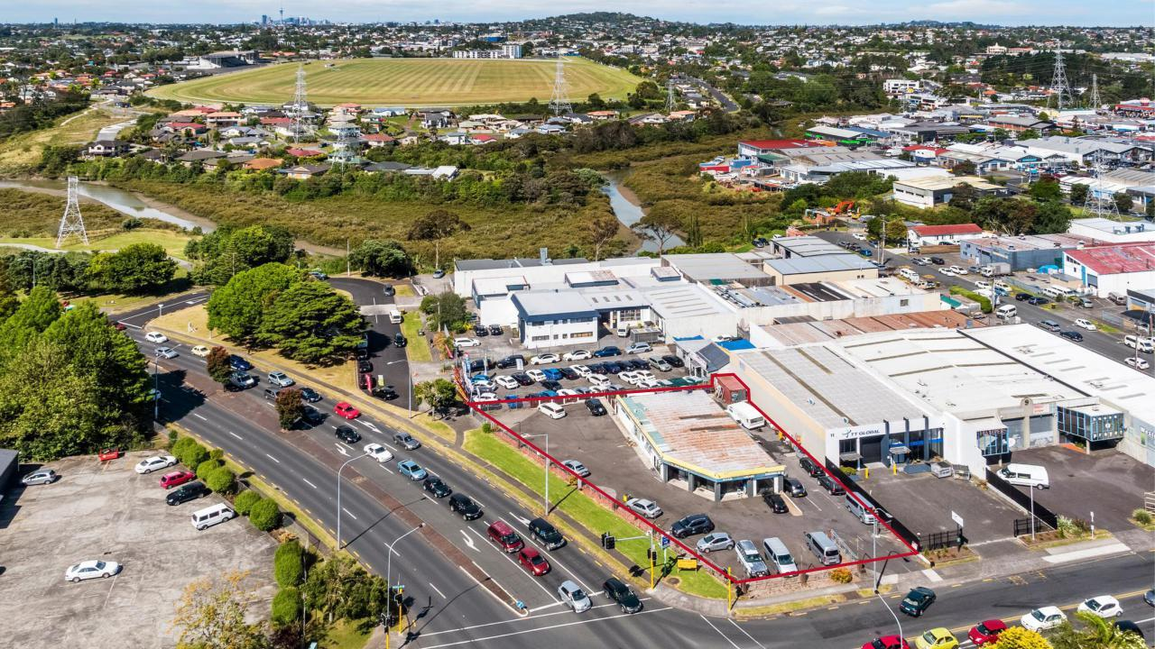 13 Binsted Road, New Lynn