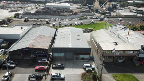 69 Leonard Road, Mt Wellington