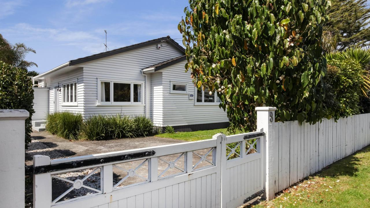 8 Kelvin Road, Papakura