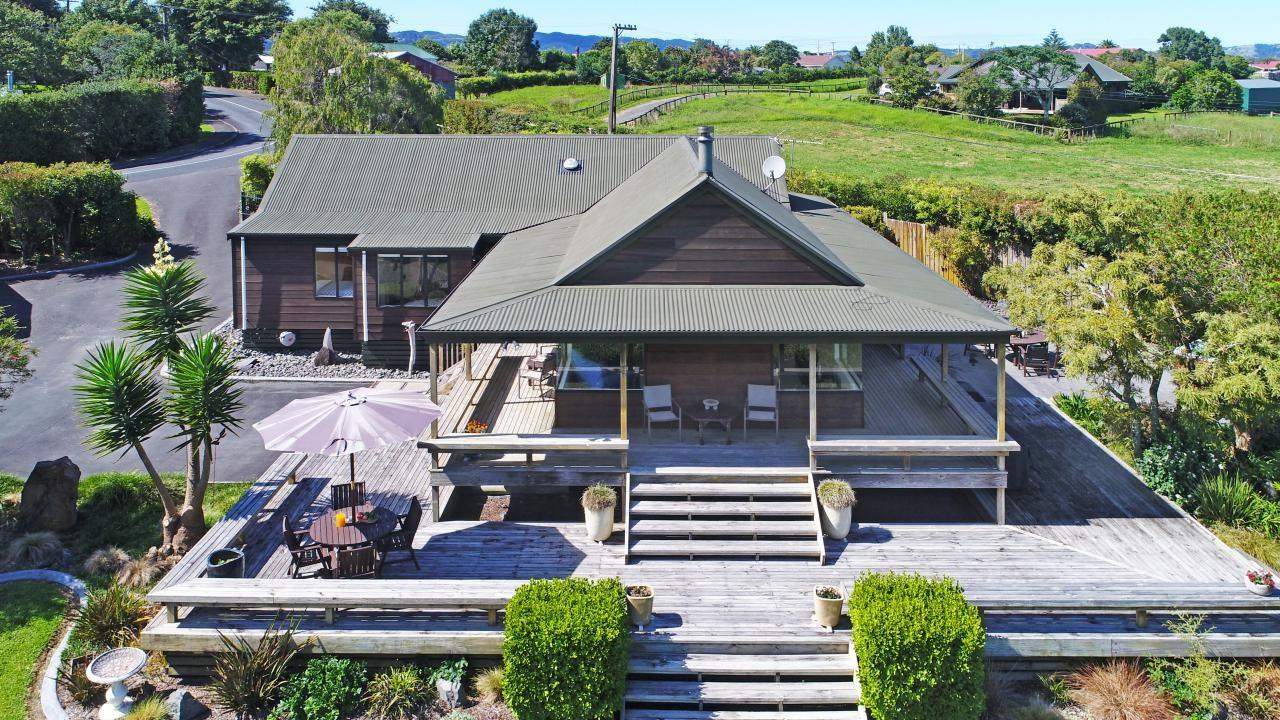 10 Thorps Quarry Road, Clevedon