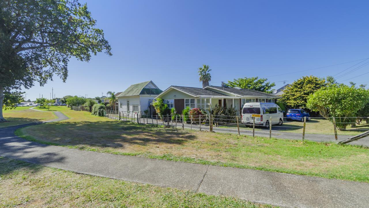 2 King Edward Avenue, Papakura
