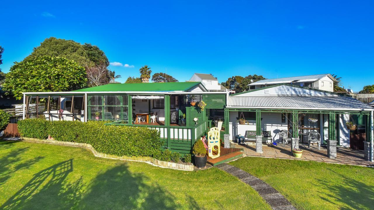 19 Leaming Place, Clarks Beach