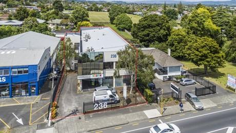 236 Great South Road, Manurewa