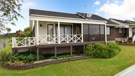 15b Victoria Avenue, Waiuku