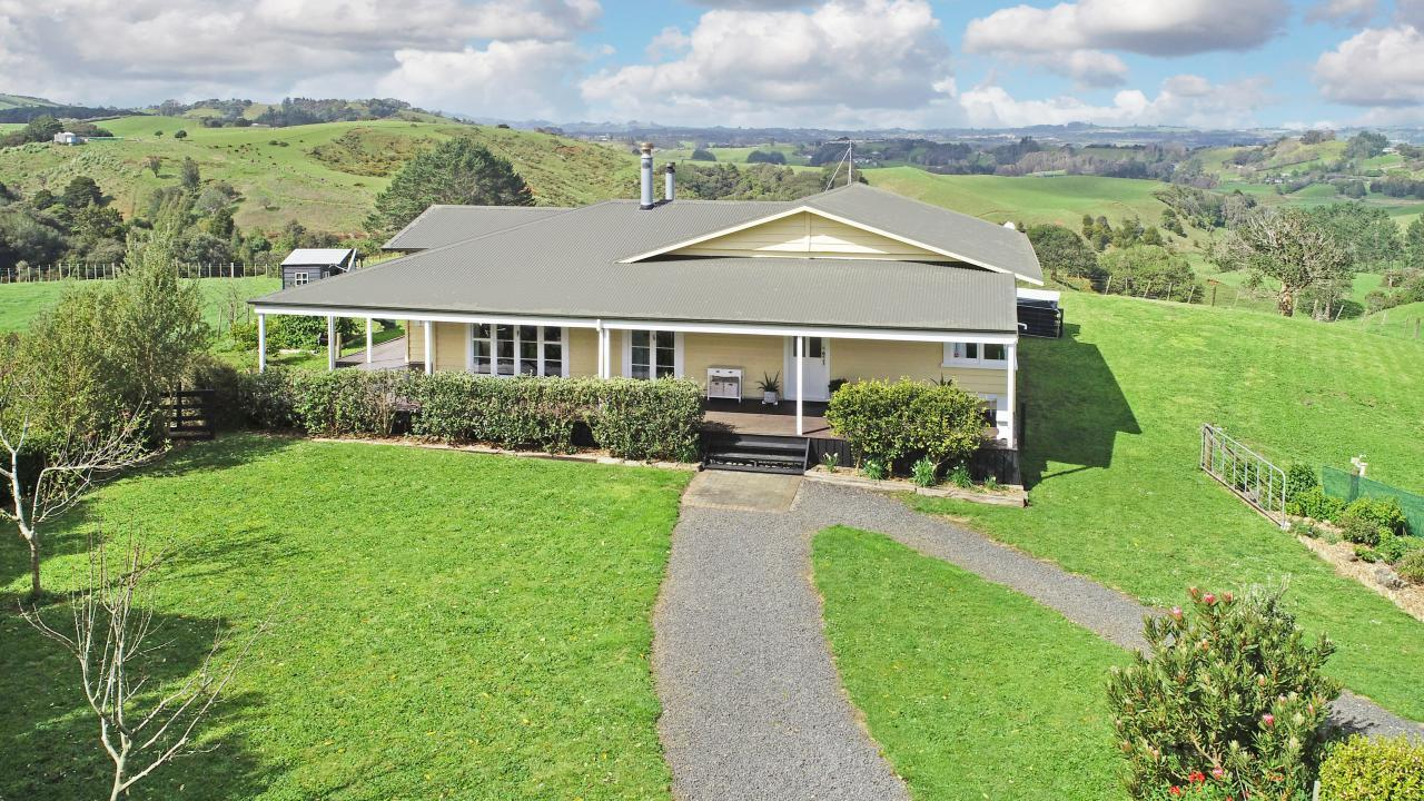 295 Settlement Road, Puni