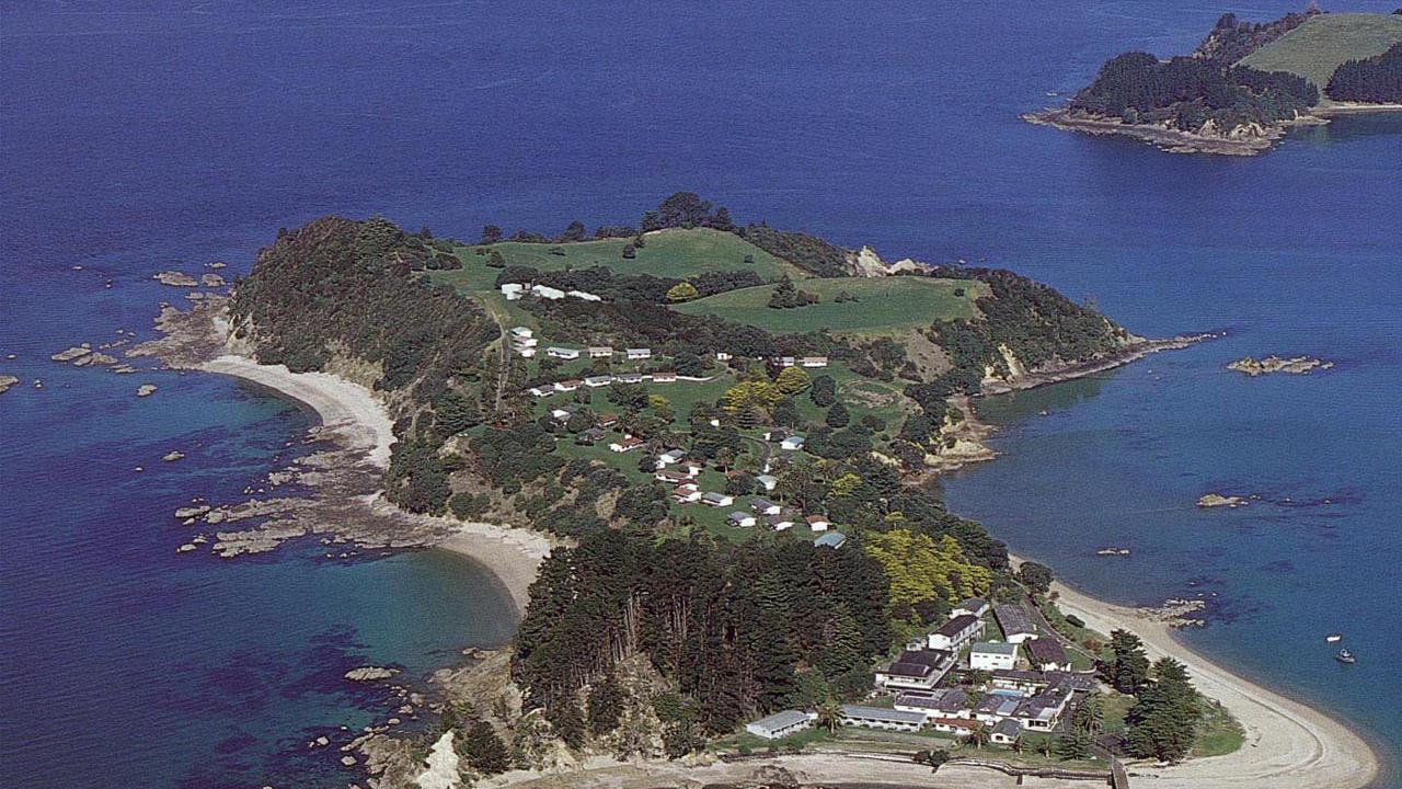 Pakatoa Island, Pakatoa Island
