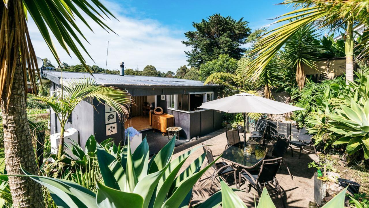 27 Nelson Ave, Surfdale