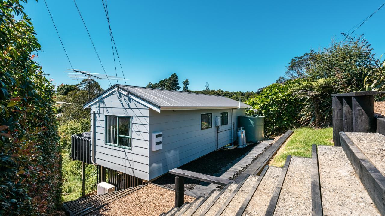 35 Trig Hill Road, Onetangi