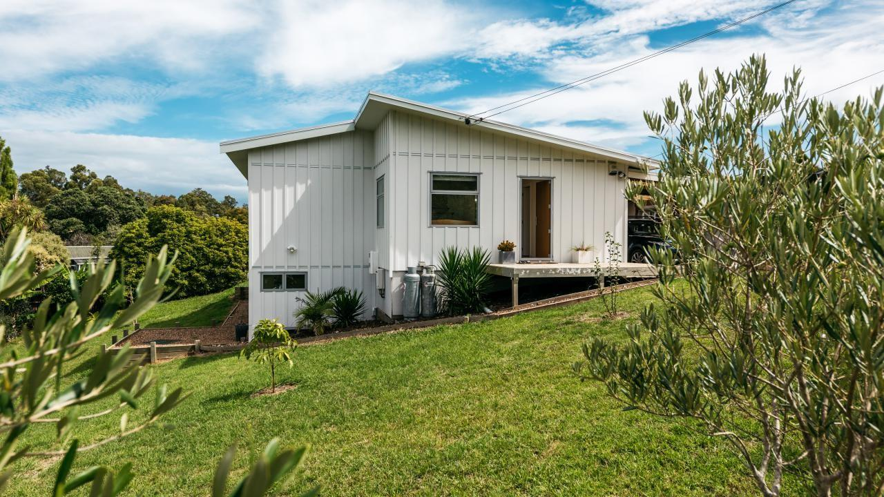 22 Nelson Avenue, Surfdale