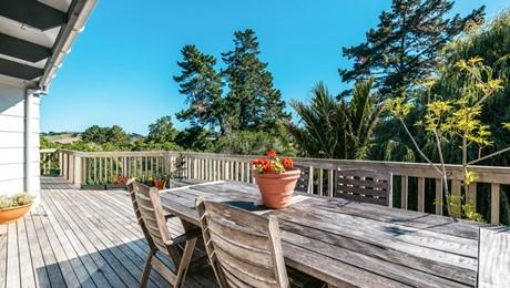 23 Trig Hill Road, Onetangi