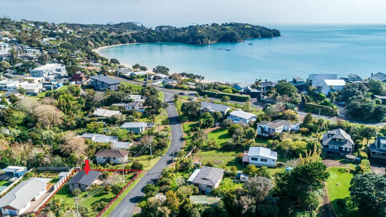 13 Puriri Road, Oneroa