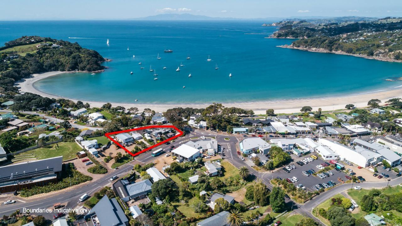 137 and 139 Ocean View Road, Oneroa