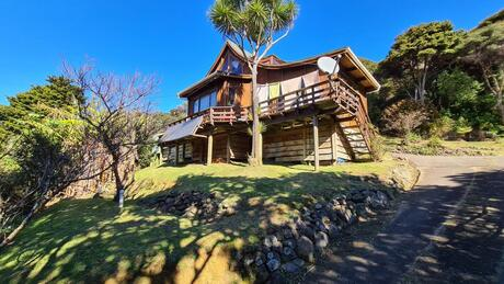 2 Garden Road, Great Barrier Island