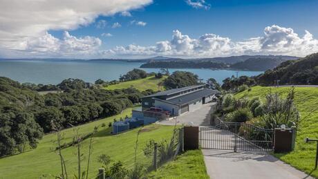 22 Rothschild Terrace, Te Whau