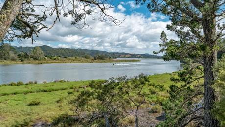 671 Hikuai Settlement Road, Pauanui