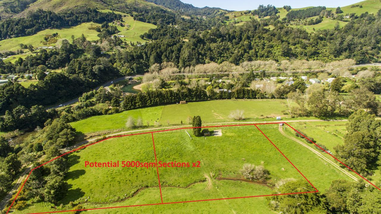 County Road, Paeroa