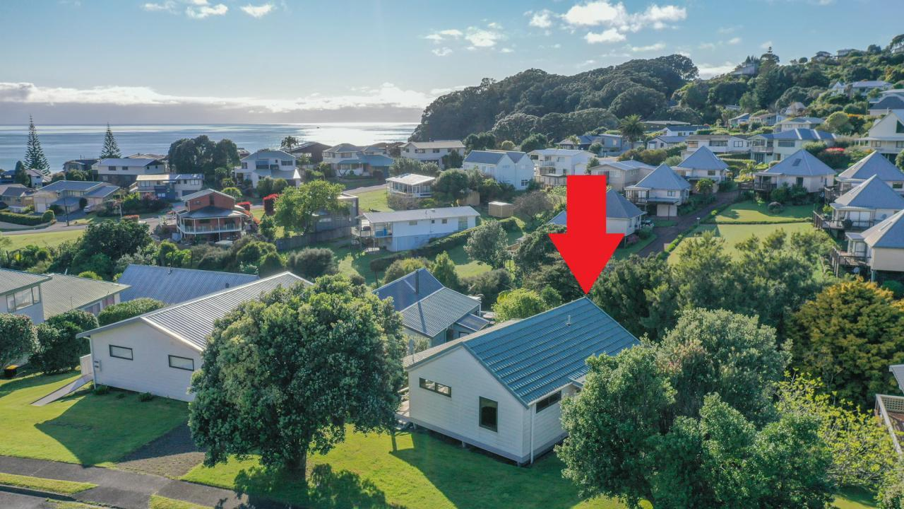 221 Russell Bruce Place, Onemana