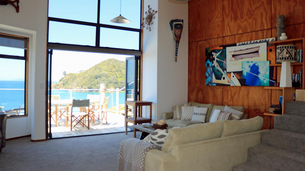 Additional photo for property listing at Little Bay Beachfront ニュージーランド