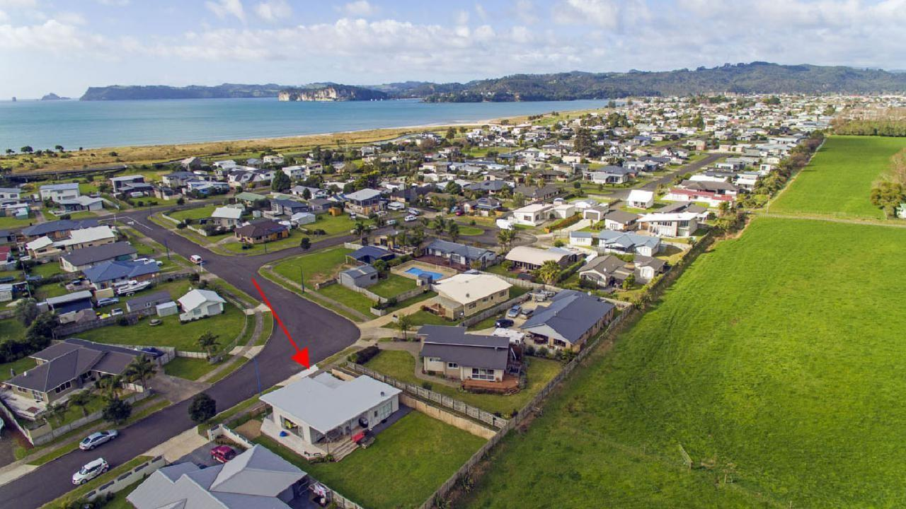 17 Captain Wood Avenue, Whitianga