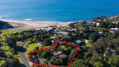 8 Pye Place, Hot Water Beach