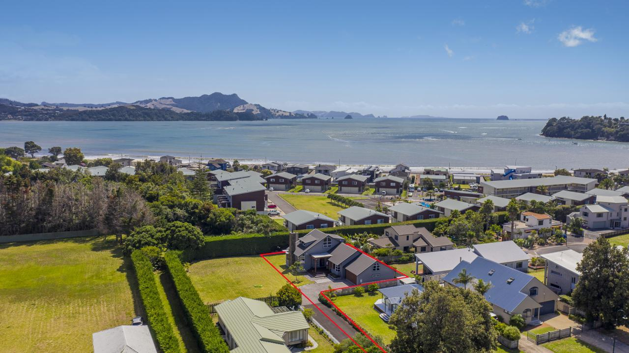 15 School Road, Whitianga