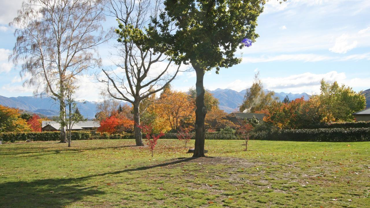Lot 3 and 4,172  Beacon Point Road, Wanaka