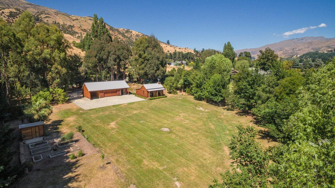 750 Mount Barker Road , Wanaka