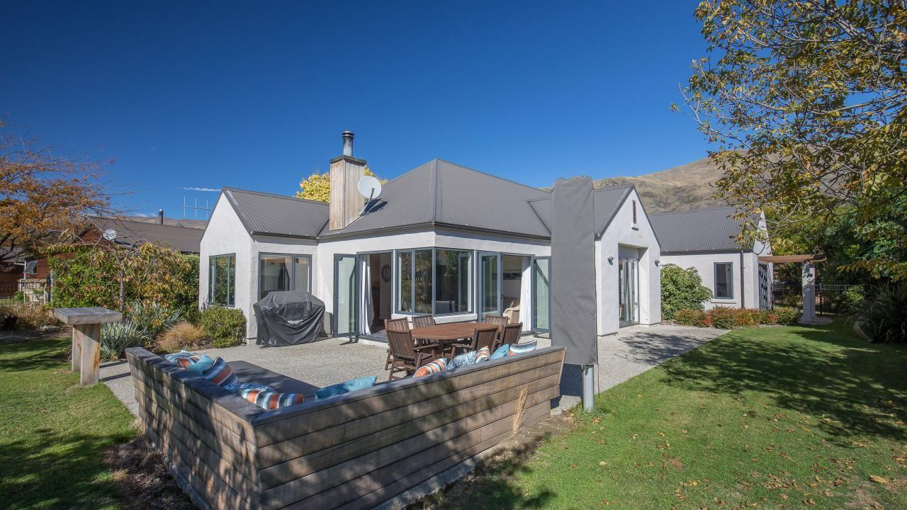 10 Little Oak Common, Wanaka