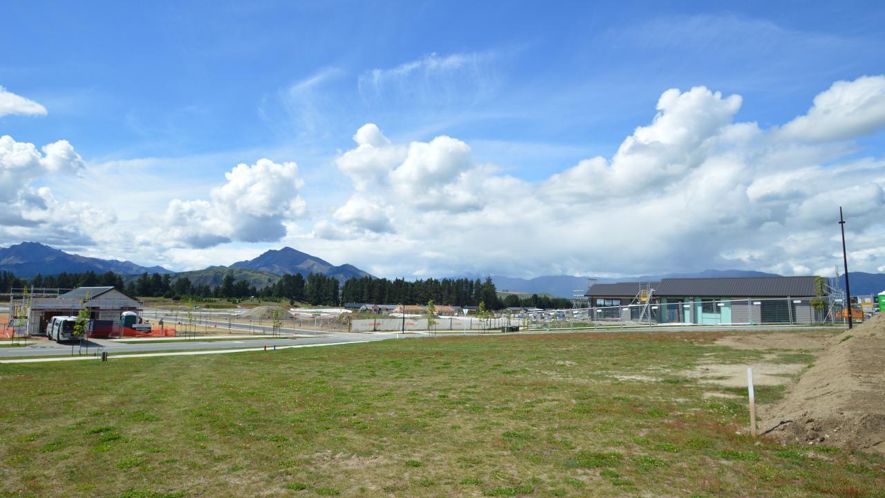 12 Mount Nicholas Avenue, Wanaka
