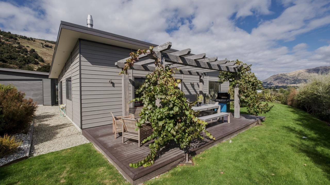 16 Islington Place, Wanaka
