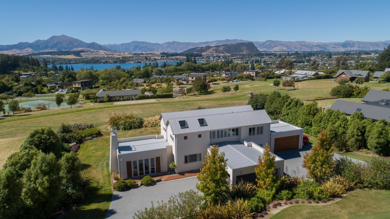 12 Elderberry Crescent, Wanaka