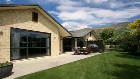 35 Old Station Avenue, Wanaka