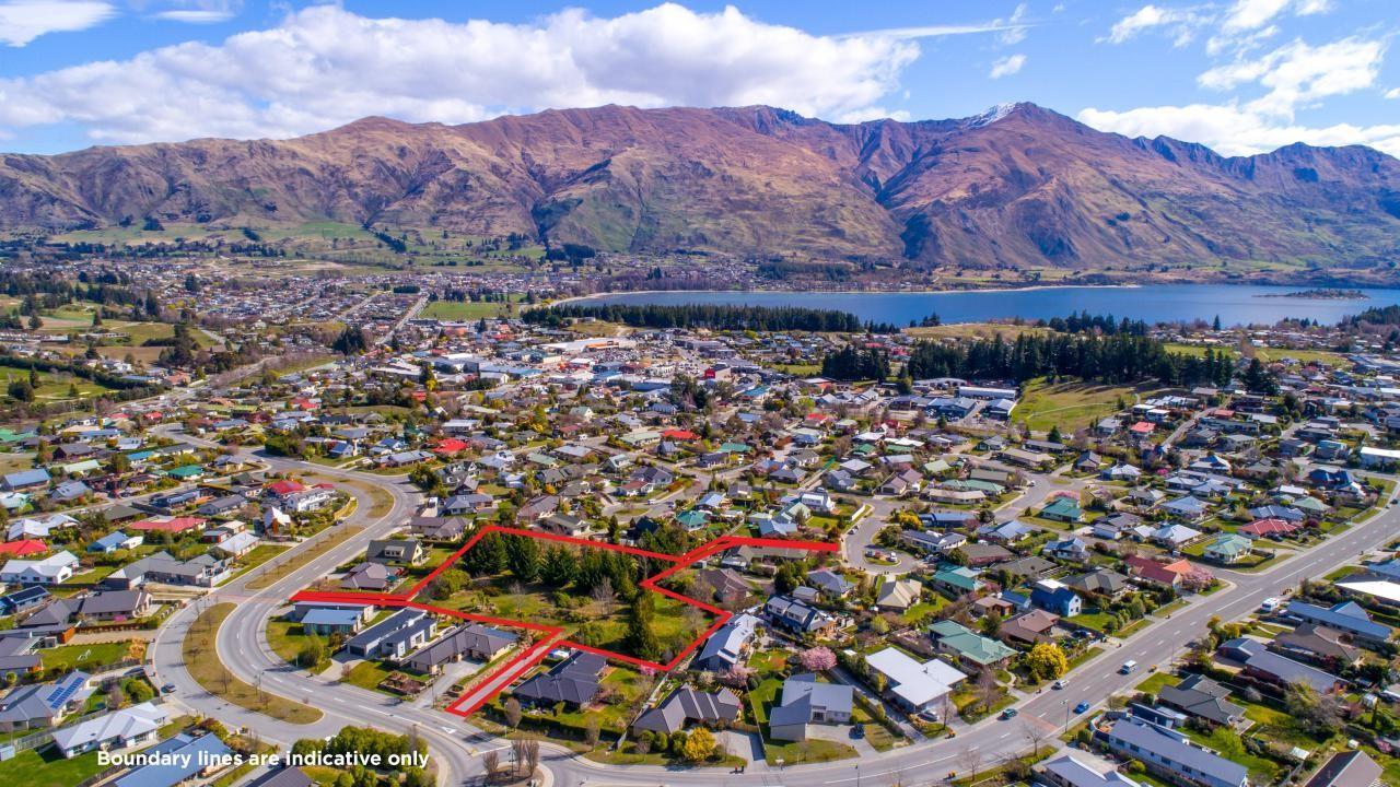 76 Mount Iron Drive, Wanaka