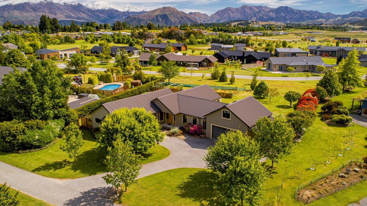 3 Ironview Lane, Wanaka