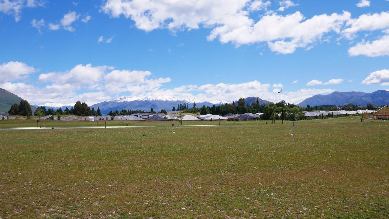 4 Campbell Road, Wanaka