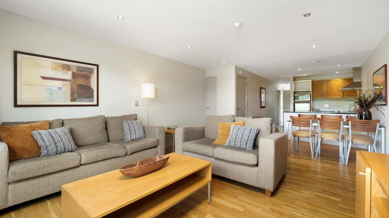 Apartment 26-28 Oakridge Resort, 20 Studholme Road, Wanaka