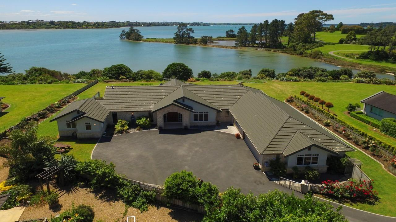 329N Plummers Point Road, Whakamarama