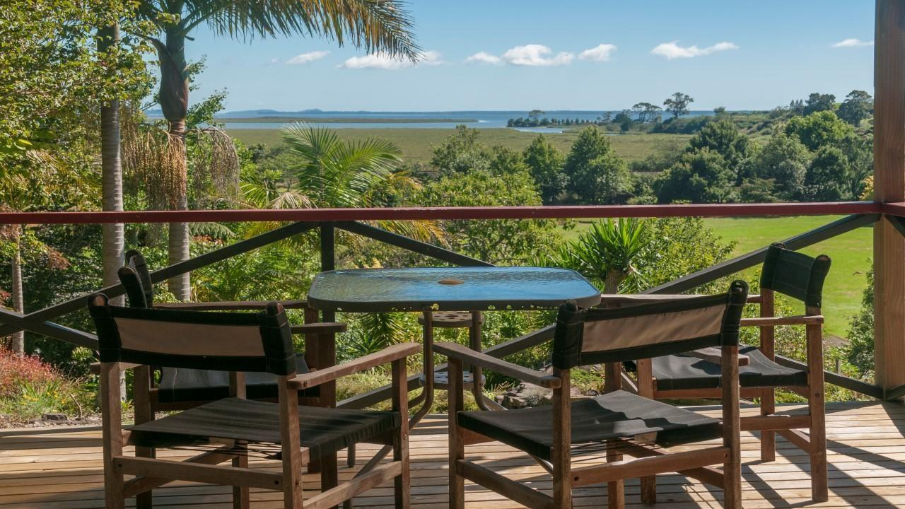 1572 State Highway 2, Pahoia