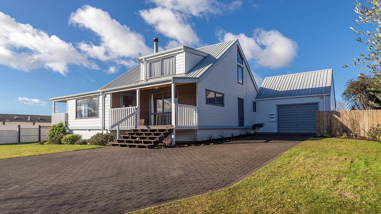 17 Hodgkins Street, Pukehangi, Rotorua